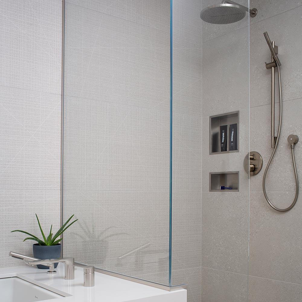 Minneapolis-home-bathroom-remodel-repair-modern-shower